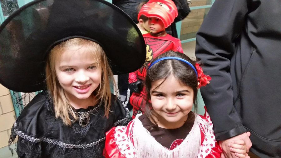 Students+came+dressed+in+costumes+of+all+types+at+the+annual+Halloween+Party+at+Cunniff+Elementary+School+in+Watertown%2C+Mass.%2C+on+Oct.+28%2C+2016.