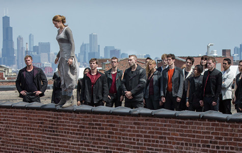 "Alone or in a group, ""Divergent"" entertains"