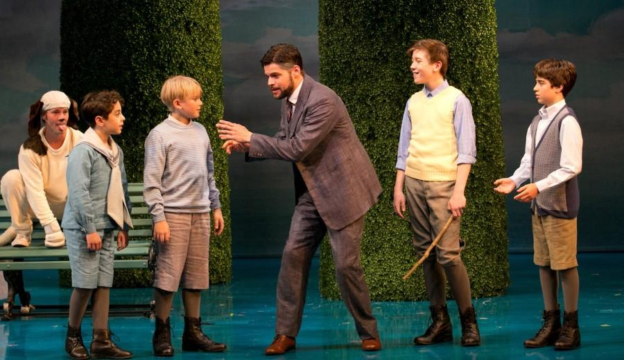 J.+M.+Barrie%2C+Porthos%2C+and+the+Llewelyn+Davies+boys+play+in+Kensington+Gardens+in+%22Finding+Neverland%22+at+A.R.T.+in+Cambridge.+