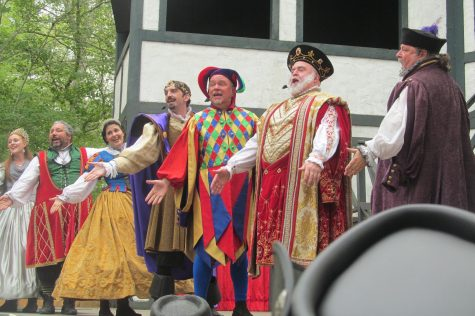 "The big musical show at King Richard's Faire is ""Weekend at Richard's"" on the King's Stage. (Sept. 3, 2016)"