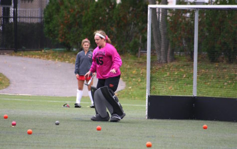 In October 2016, Jonna Kennedy was in goal for the Watertown High field hockey team at Victory Field. By April 2017, she was playing for the US Under-17 national team in Ireland.