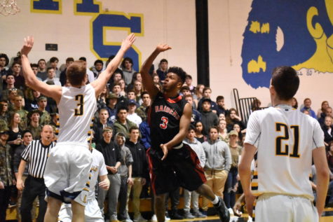 Julio Fulcar soars as Watertown High upsets Lynnfield