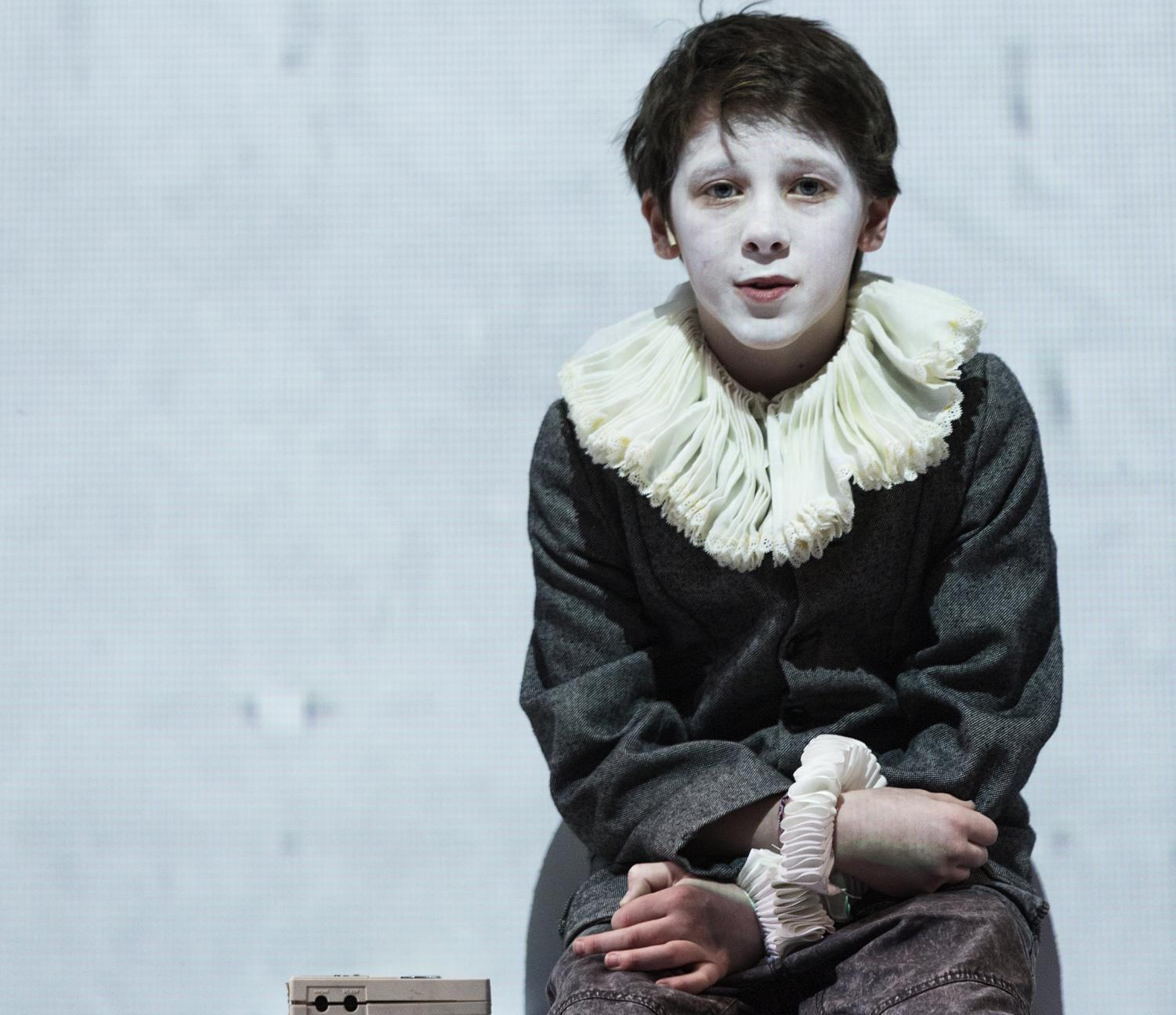 Ollie West as Hamnet, the 11-year-old son of William Shakespeare.